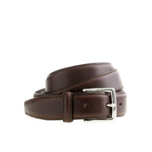 A standard leather dress belt will be approximately 1 inch in width.